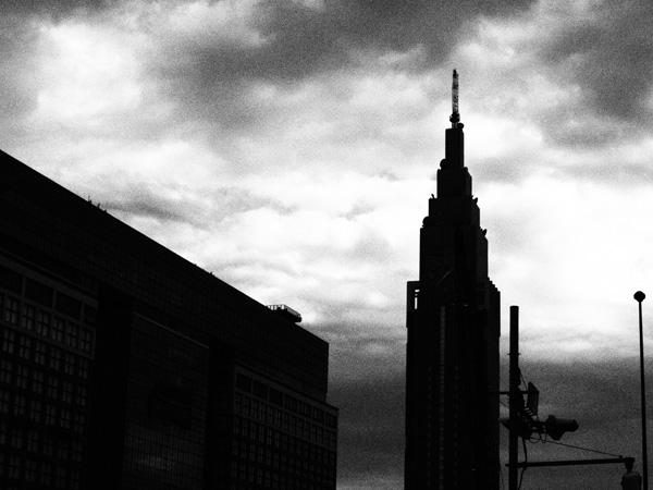 新宿駅、南口前