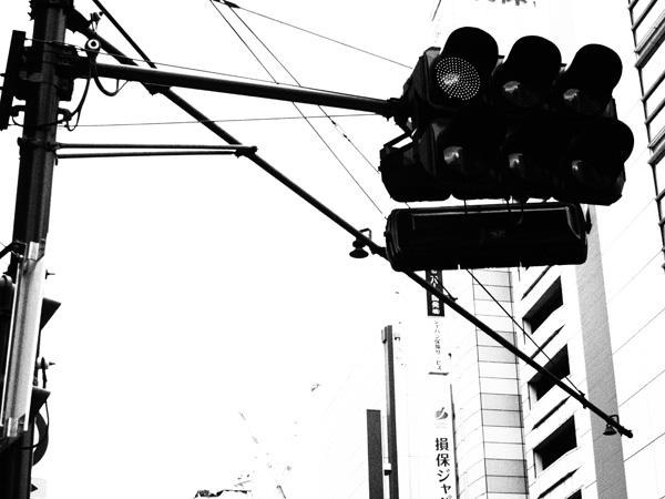 新宿3丁目、信号