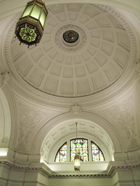 日本館の丸天井