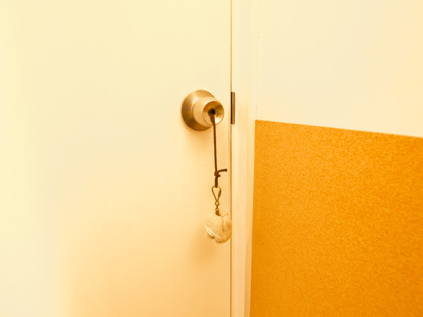 鍵はかかっていない